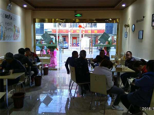 黄手艺冒菜西藏日喀则店于5月11日强势入驻!